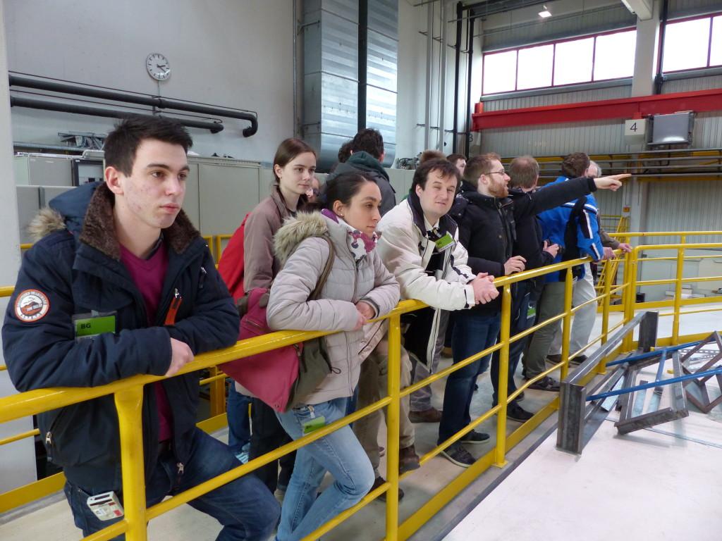 Wir in der Halle mit dem COSY-Experiment